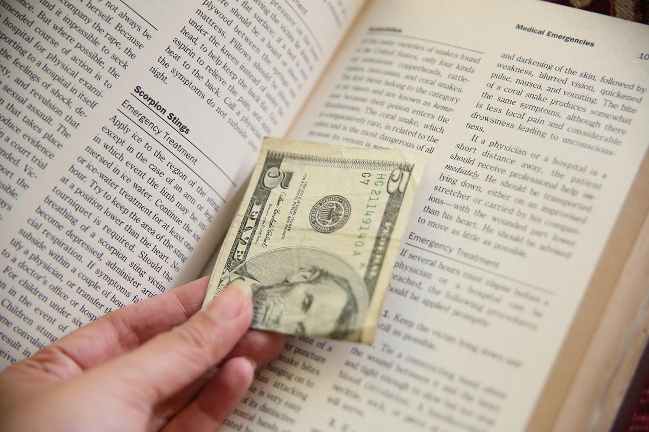 hide money